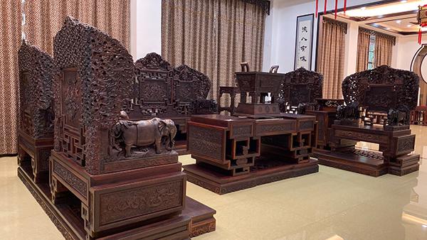 清宝阁大红酸枝家具的升值空间有多大?